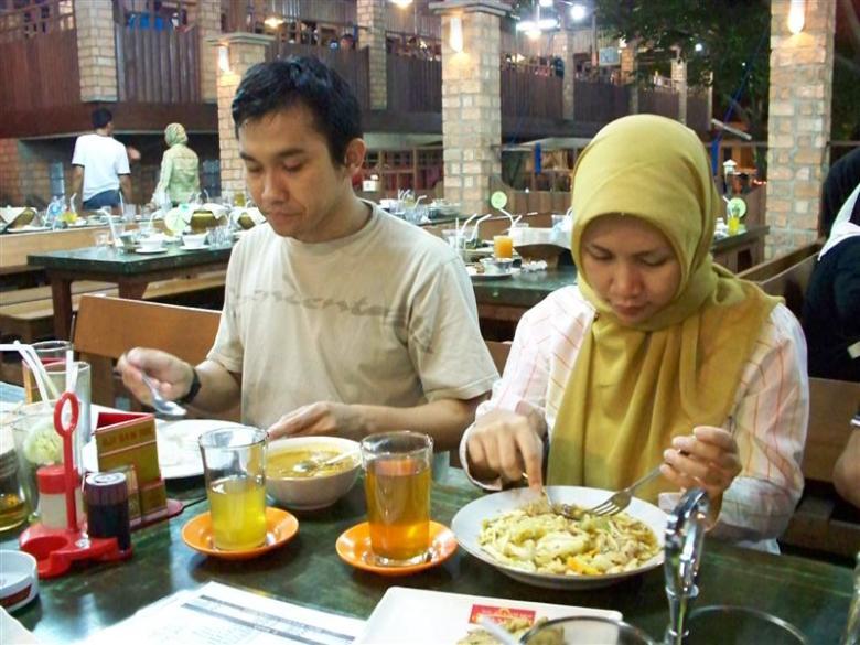 Zun dan Istri